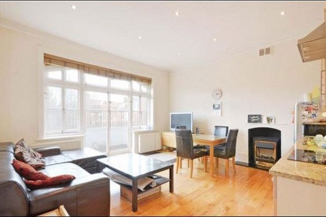 Thumbnail Flat to rent in Compayne Gardens, London