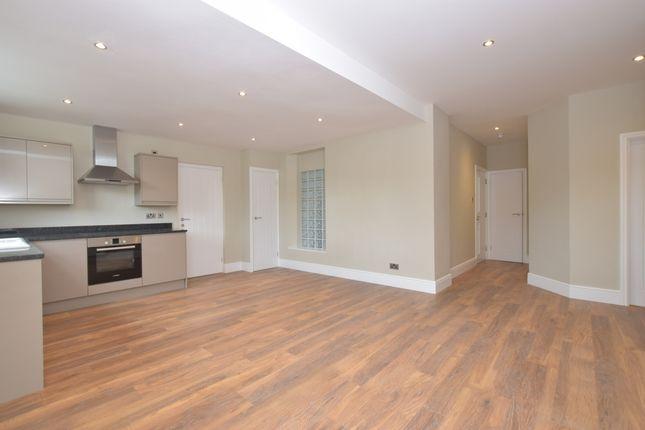 Thumbnail Flat to rent in Wedglen Industrial Estate, Midhurst