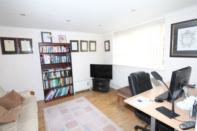 Thumbnail Terraced house for sale in Lambsfrith Grove, Kent