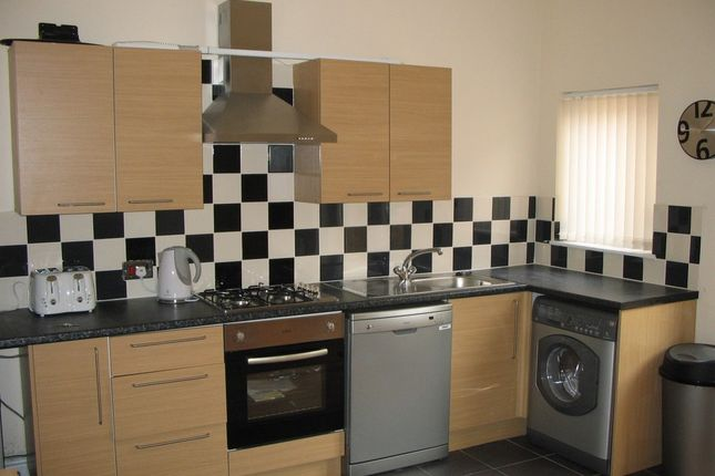 Thumbnail Property to rent in Sherlock Street, Fallowfield
