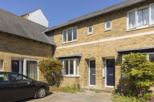3 bed terraced house to rent in Magellan Place, London E14