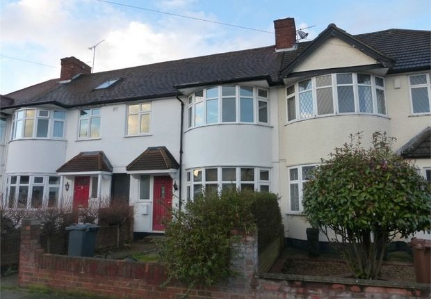 Thumbnail Terraced house for sale in Sussex Avenue, Isleworth, Middlesex