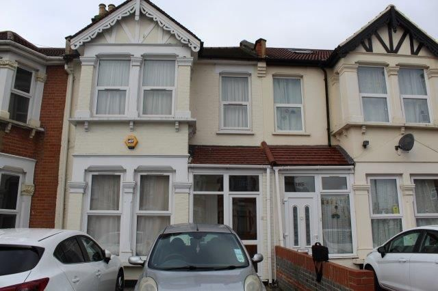 Thumbnail Terraced house to rent in Wanstead Park Road, 3Tn
