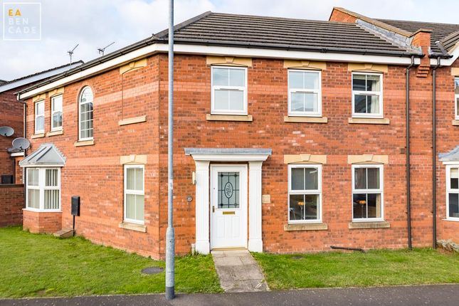 Thumbnail Property for sale in Laurel Way, Scunthorpe