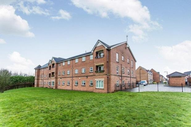 Thumbnail Flat to rent in Madison Gardens, Westhoughton, Bolton