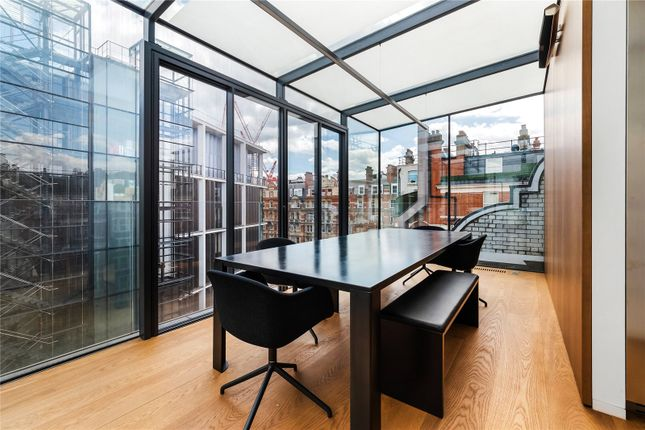 Thumbnail Flat to rent in Wellington Court, 116 Knightsbridge, London