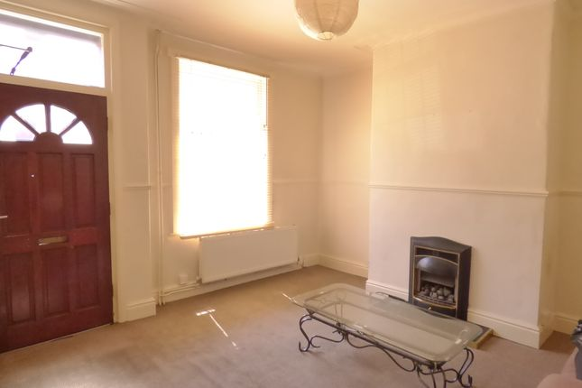 Thumbnail Terraced house to rent in Recreation Terrace, Holbeck