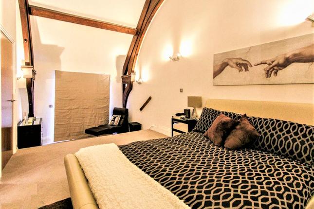 Flat-13-Bedroom-2