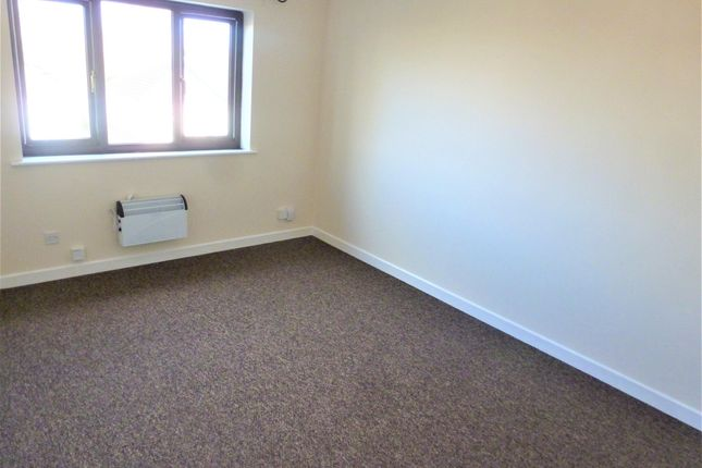1 bed flat to rent in New Drove, Wisbech PE13