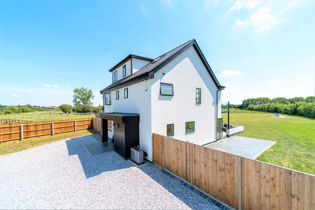 Detached house for sale in Middleton Way, Fen Drayton, Cambridge
