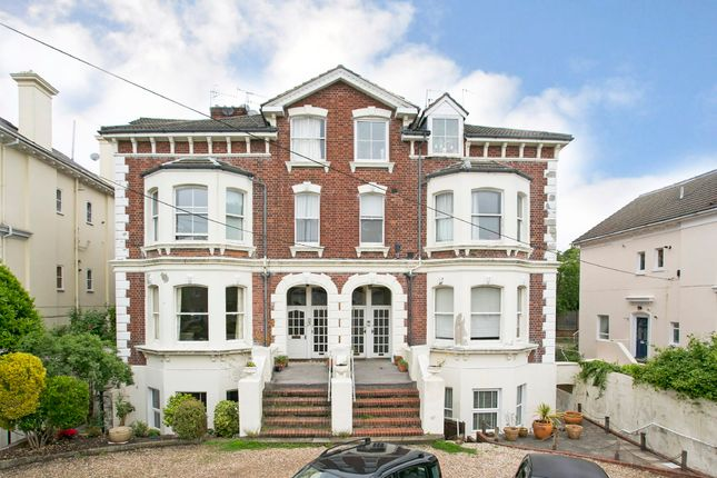 Thumbnail Flat for sale in Woodbury Park Road, Tunbridge Wells