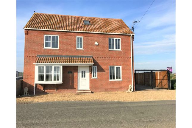 Thumbnail Detached house for sale in Mill Road, Wiggenhall St Germans, King's Lynn