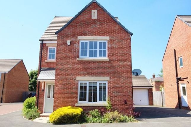 Thumbnail Detached house to rent in Holme Farm Way, Pontefract