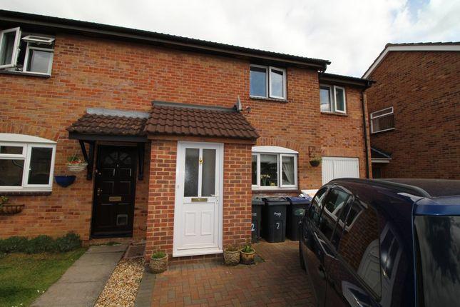 Thumbnail Semi-detached house to rent in Holland Close, Pewsham, Chippenham