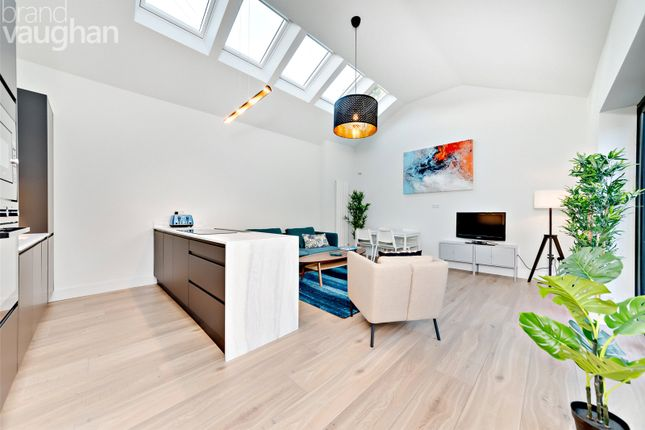 Thumbnail Flat for sale in Hallett Road, Brighton
