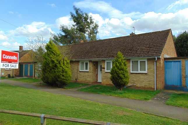 Thumbnail Semi-detached bungalow for sale in Milestone Road, Hitchin