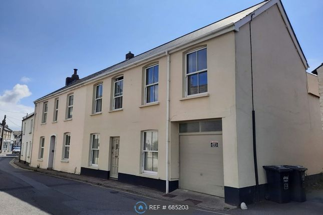 Thumbnail Flat to rent in East Street, Braunton