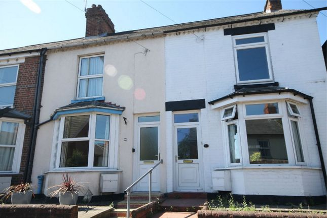 3 bed terraced house for sale in Kings Road, Newbury