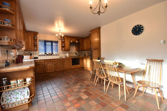 Dining Kitchen of The Paddocks, Elston, Newark NG23