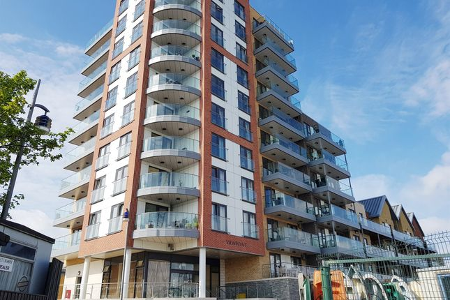 Thumbnail Flat for sale in Harbour Road, Gosport