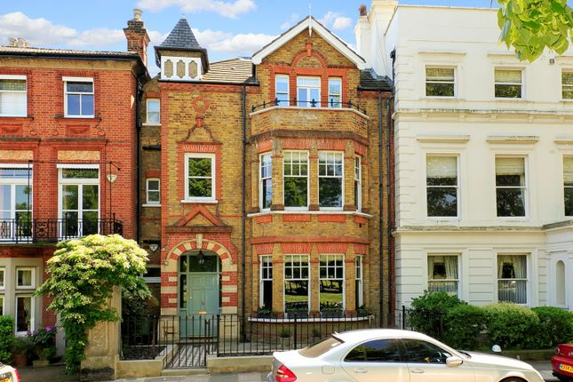 Thumbnail Property for sale in Kew Green, Kew, Surrey
