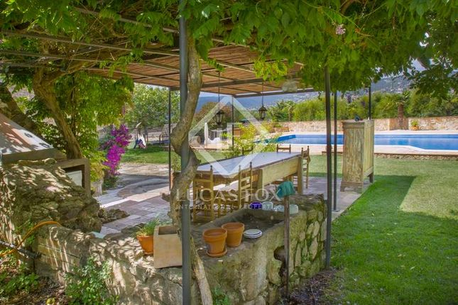 7 bed country house for sale in Spain, Girona (Inland Costa Brava), Baix Empordà, Lfcb1006
