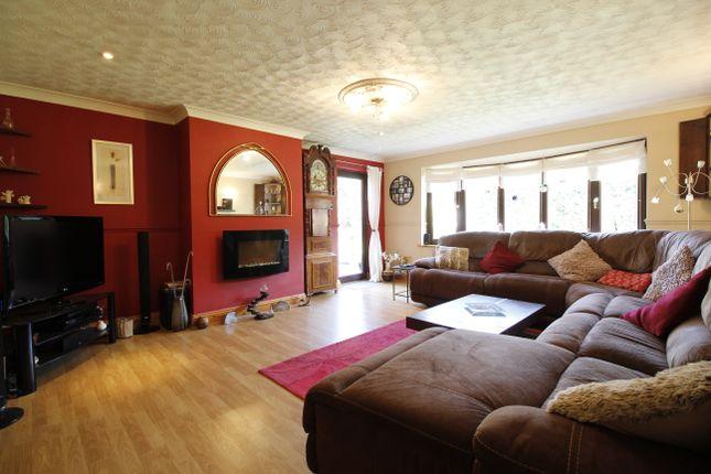 Thumbnail Detached bungalow for sale in Avenue Clamart, Scunthorpe