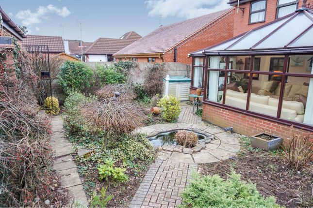 Garden of Quarries Way, Kirkby-In-Ashfield NG17