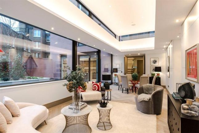 Thumbnail Flat for sale in Chiltern Street, Marylebone
