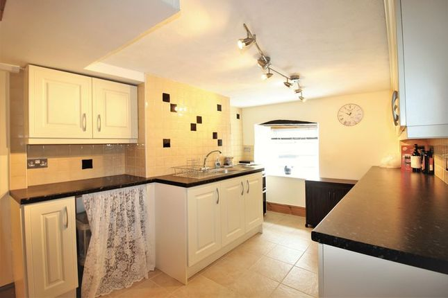 Annex Kitchen of Donyatt, Ilminster TA19