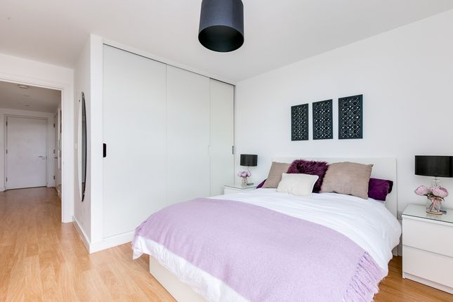 Bedroom of Upper Richmond Road, London SW15