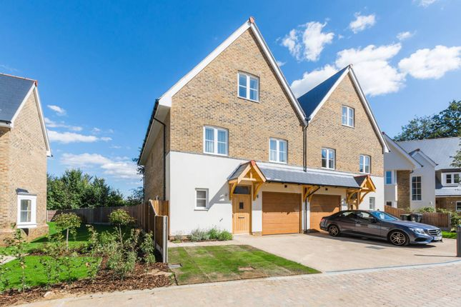 Thumbnail Semi-detached house to rent in High Road, Chigwell Village