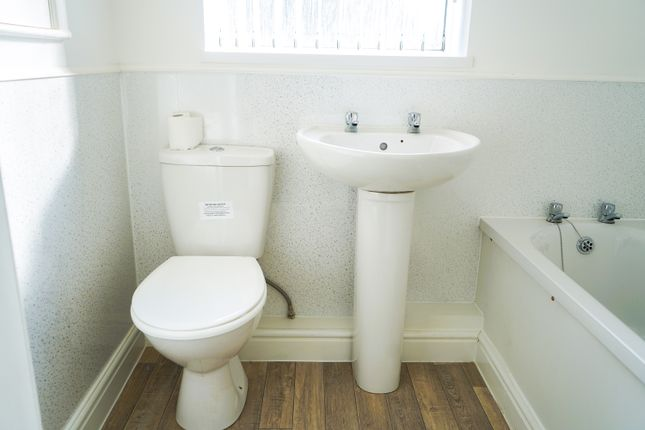 Shared Bathroom of High, Street DY5