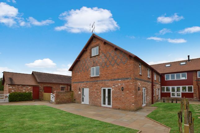 Thumbnail Barn conversion to rent in Lower Lane, Aldford, Chester