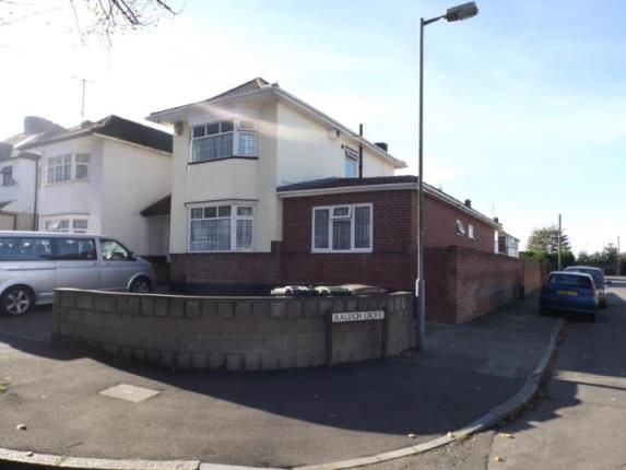 Thumbnail Semi-detached house for sale in Halfway Avenue, Luton, Bedfordshire, England