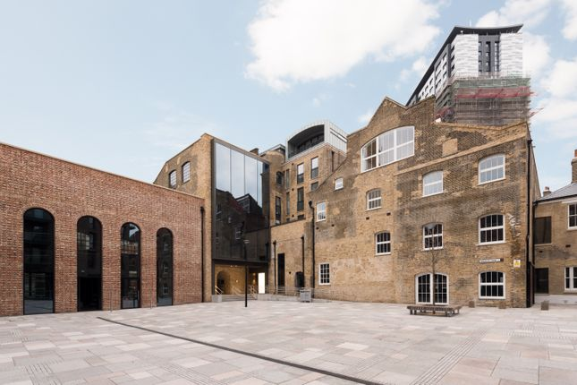 Thumbnail Duplex for sale in 5 Bubbling Well Square, Wandsworth, London