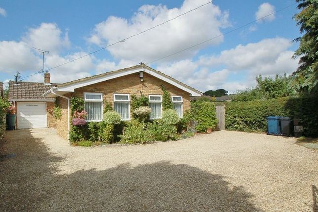 Thumbnail Detached bungalow for sale in Spurlands End Road, Great Kingshill, High Wycombe