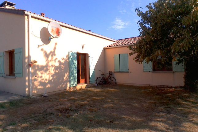 3 bed bungalow for sale in 47330, Plaisance, Issigeac, Bergerac, Dordogne, Aquitaine, France