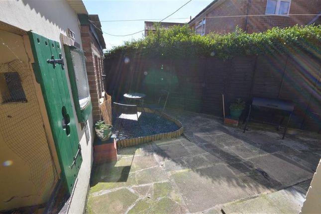 Rear Courtyard of Derwent Crescent, Howden DN14