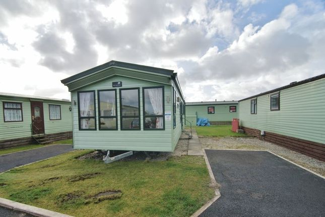 Thumbnail Mobile/park home for sale in Regent Bay Holiday Park, Westgate, Morecambe