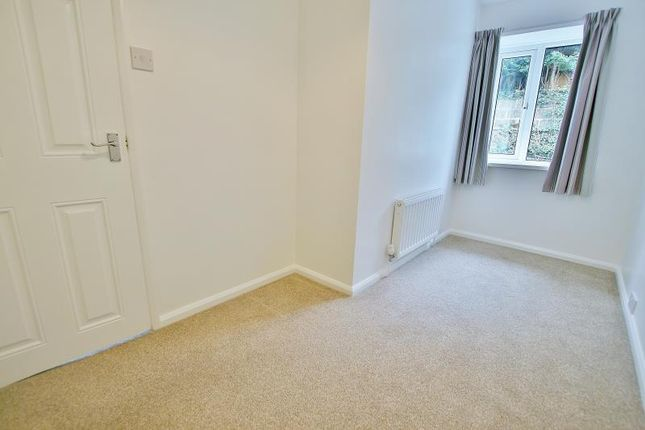 Bedroom of Holmley Lane, Coal Aston, Dronfield, Derbyshire S18