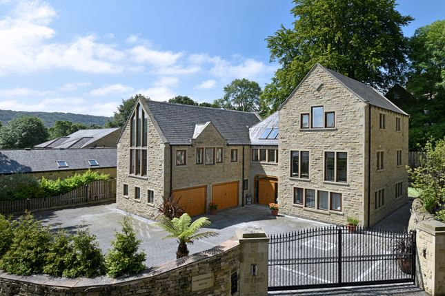 Thumbnail Detached house for sale in St. Helens Gate, Almondbury, Huddersfield