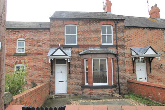 Thumbnail Cottage to rent in Castle Street, Holt, Wrexham
