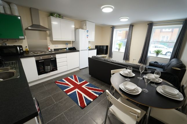 Thumbnail Flat to rent in 222 North Sherwood Street, Arboretum, Nottingham