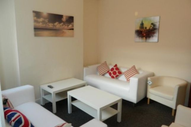 Thumbnail Shared accommodation to rent in Baker Street, Middlesbrough