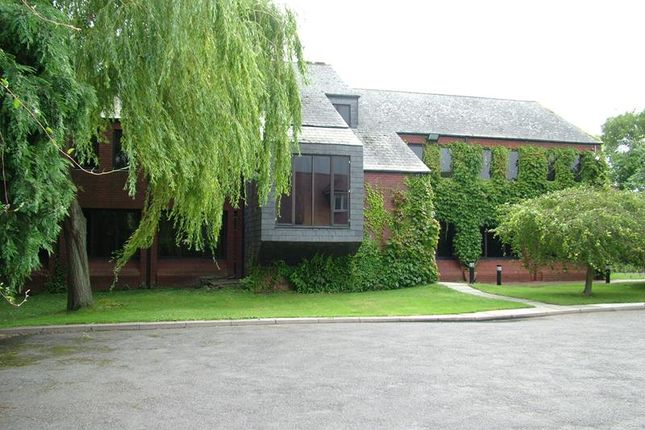 Thumbnail Office to let in Idc House, 76 Oxford Road, Aylesbury, Buckinghamshire