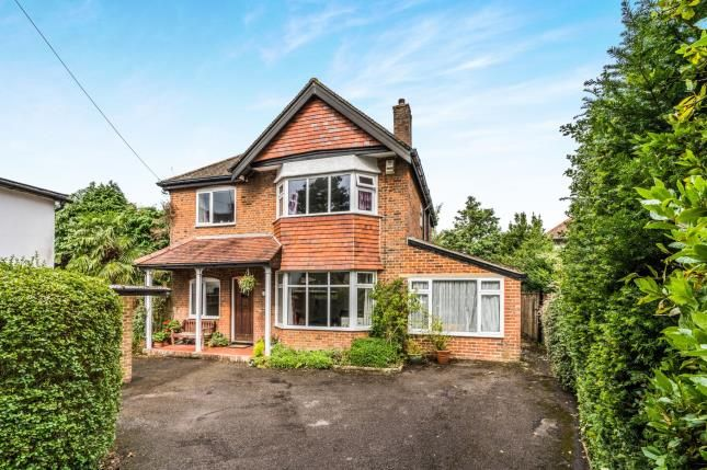 Thumbnail Detached house for sale in Bassett Crescent West, Southampton