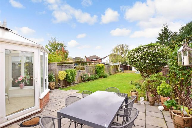 Thumbnail Terraced house for sale in Lovel Avenue, Welling, Kent