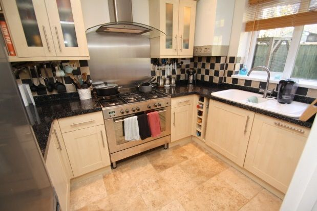 3 bed property to rent in Hewlett Close, Pewsham, Chippenham