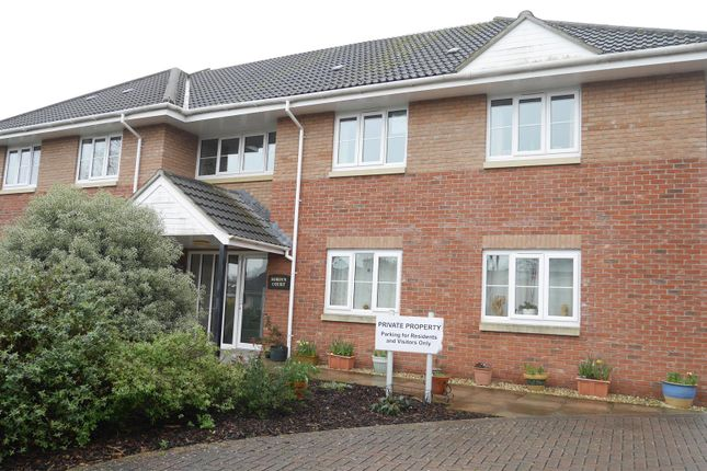 Thumbnail Flat to rent in Station Road, Hemyock, Cullompton